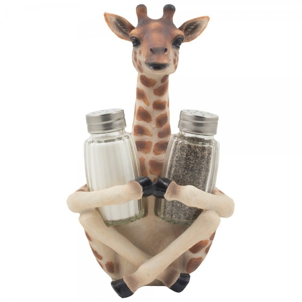 Decorative Giraffe Salt and Pepper Shaker Set for Kitchen Decor Figurines